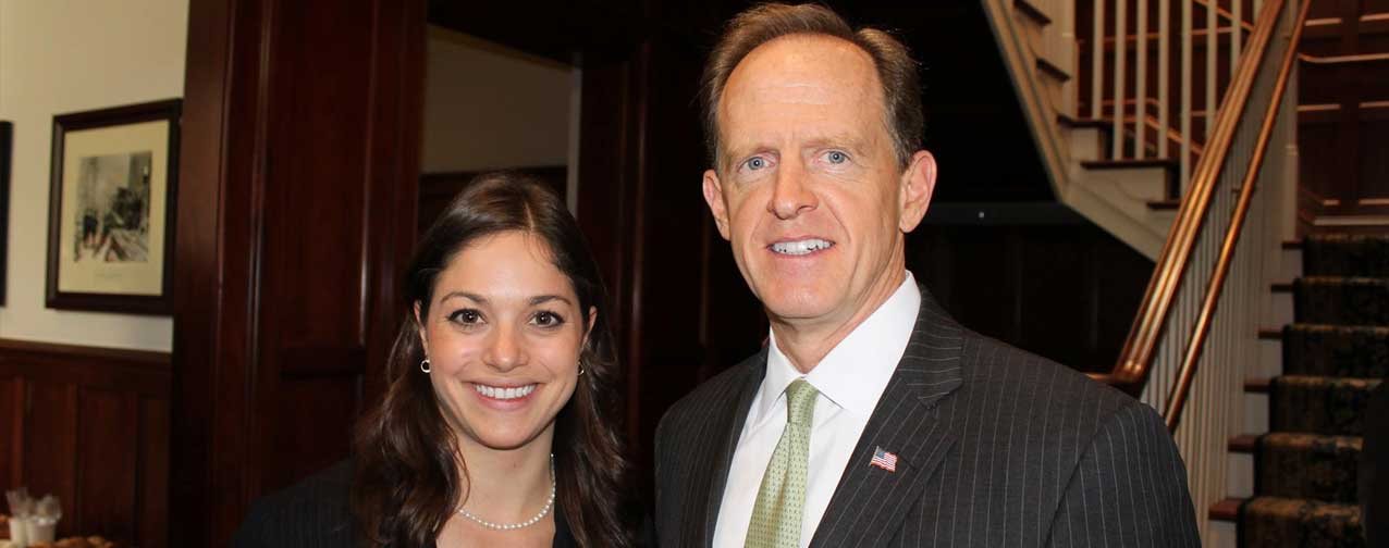 Solvay's Jackie Guscott and Sen. Pat Toomey (R-Pennsylvania) at the BIPAC Action Fund breakfast reception.